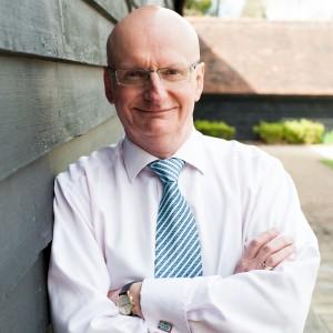 Dr Robert Davies